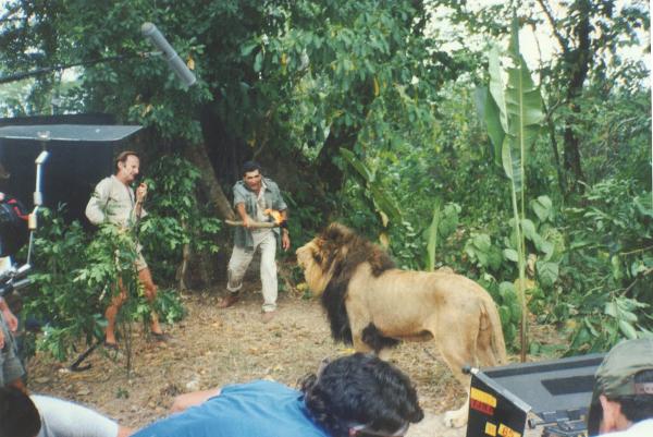 02_TARZAN-Chuck & Lion